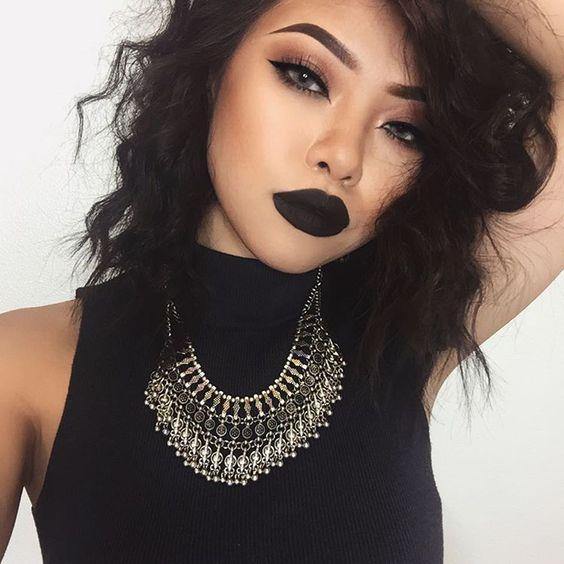 tendencias-que-color-de-pelo-te-favorece-negro-3